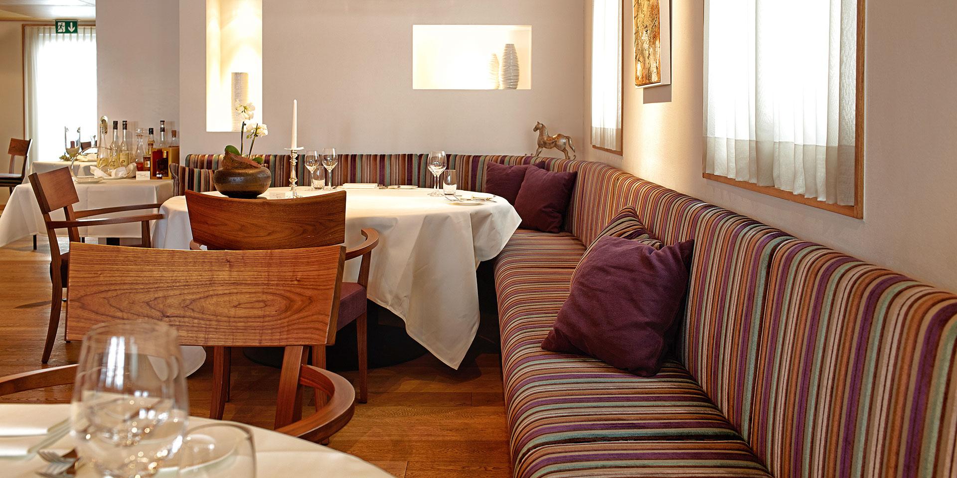 polster factory d pp polsterm bel polsterm bel d pp polsterm bel polstergruppe neu beziehen. Black Bedroom Furniture Sets. Home Design Ideas