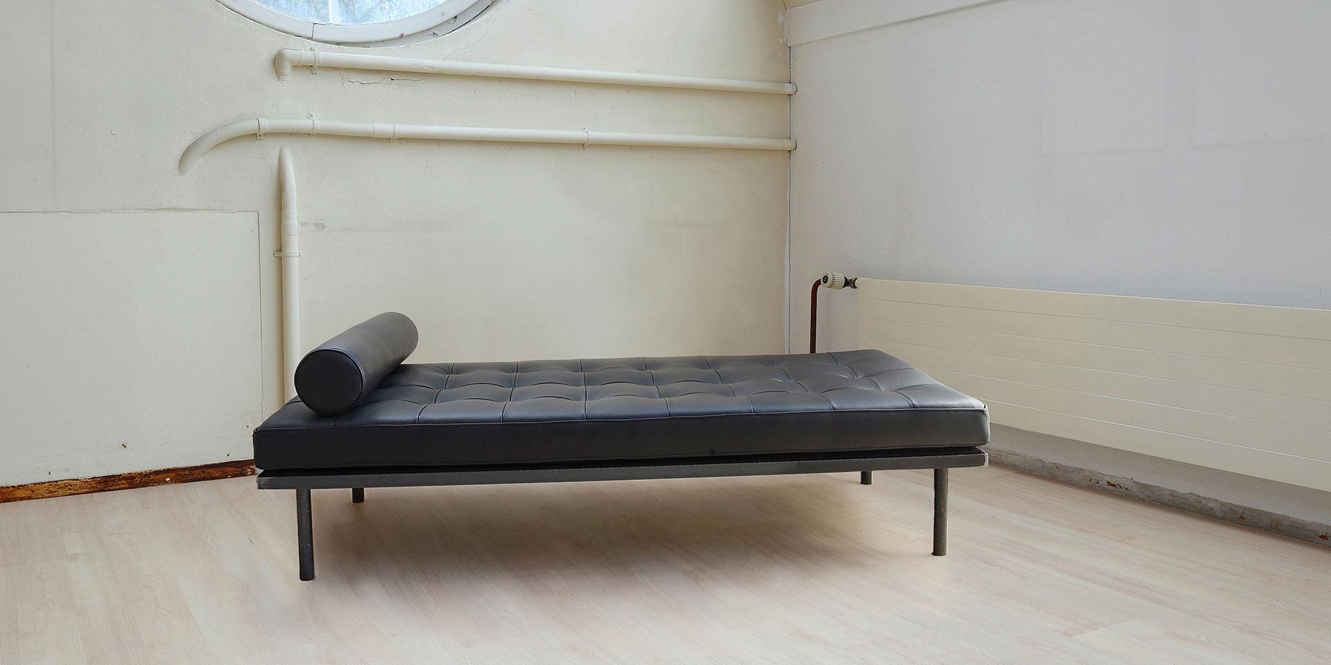 polster factory d pp polsterm bel m belbezug polsterwerkstatt polsterm bel neu beziehen. Black Bedroom Furniture Sets. Home Design Ideas